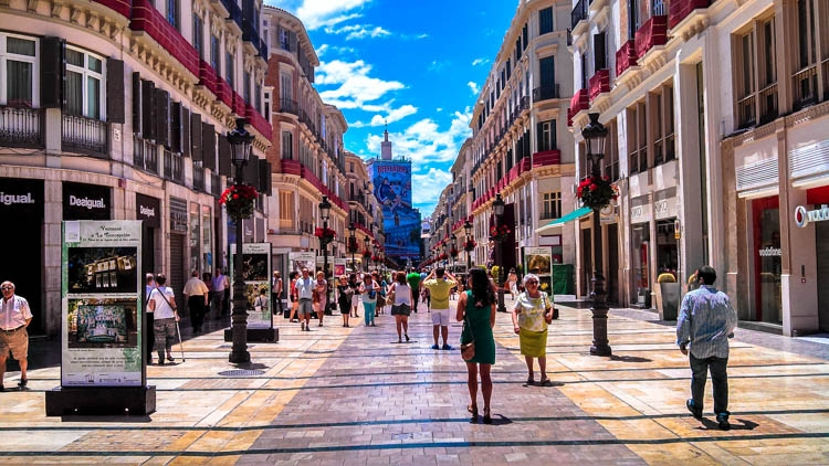 street marqués de larios - calle marqués de larios