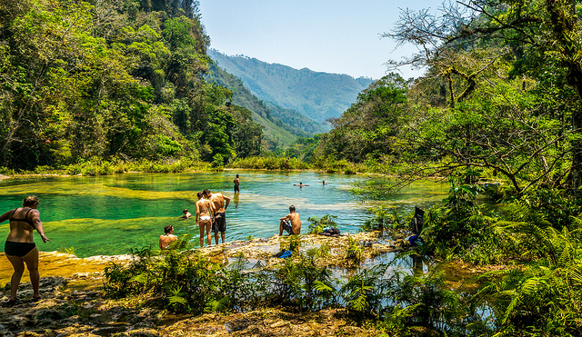 Cali4Travel - Guatemalan jungle is a turquoise paradise of natural pools