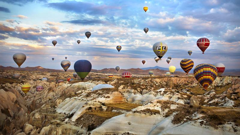 CALI4TRAVEL - hot air balloon Cappadocia