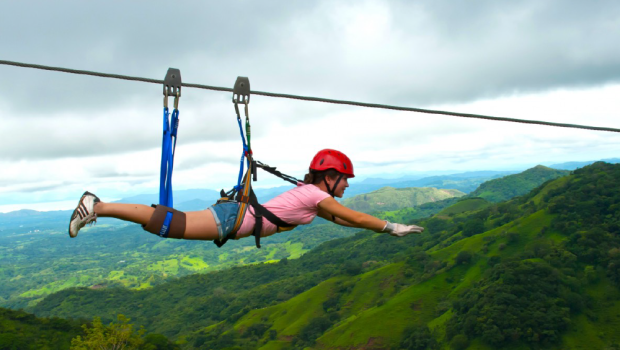 Cali4Travel - one of the longest cables of Costa Rica